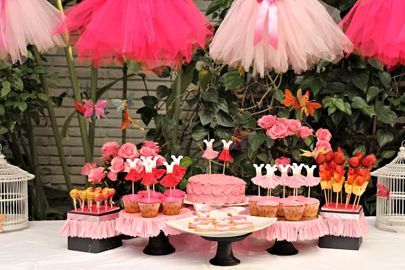 Pink Cake Table Display