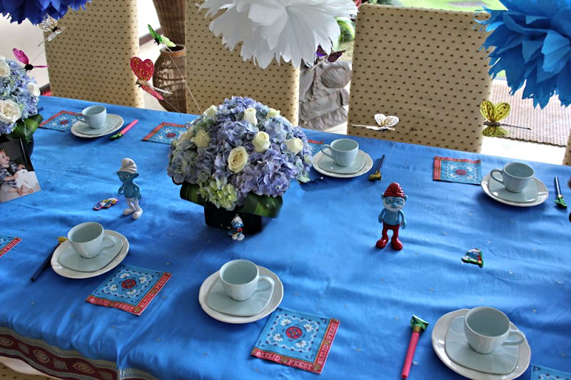 Smurf-Party-Table-Decoration