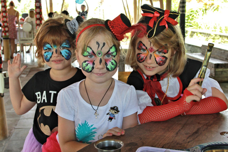 Three-Butterfly-Girls-Face-Paint