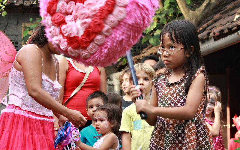Psyching Out the Heart Pinata