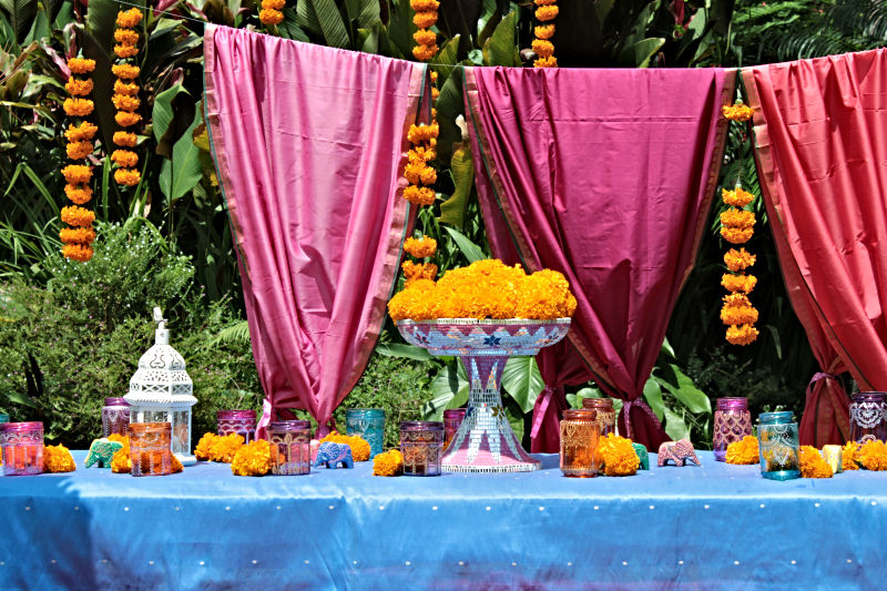 Indian-Party-Table-Decorations
